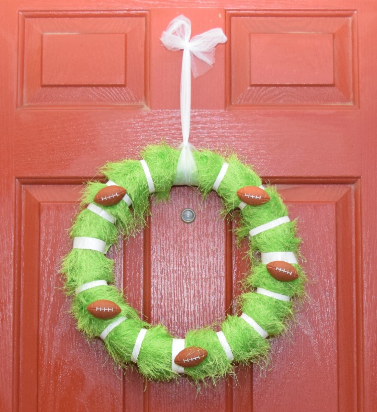 DIY Football Wreath for the Big Game | The TipToe Fairy