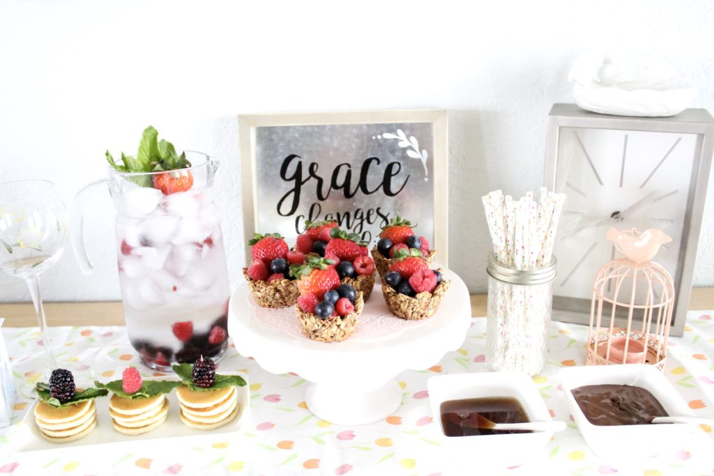 CREATING A SIMPLE MOTHER'S DAY BRUNCH IN 3 EASY STEPS | Crazy Life with Littles